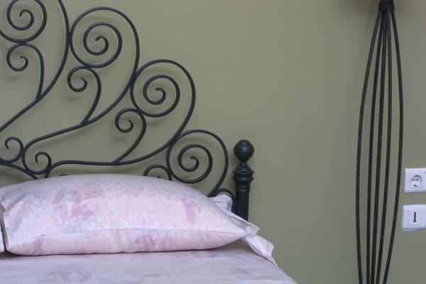 """Κρεβάτι """"Βεντάλια"""" λεπτομέρεια"""