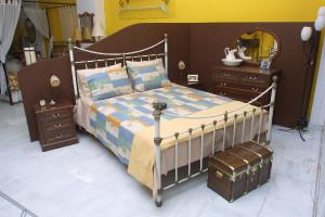 """Κρεβάτι """"Σάντρα"""""""