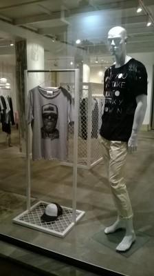 Spade, κατάστημα ρούχων, Βόλος - 3